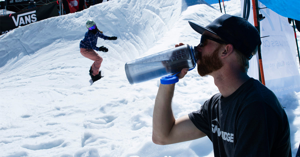 Why & How To Carry Water While Skiing: Hydration Tips for Skiers | Snowledge
